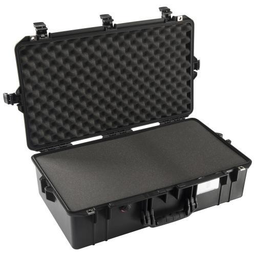 peli-016050-0000-110e-1605-air-case-black-with-foam-1