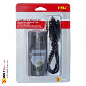 peli-02380R-3030-000e-2388-usb-battery-charger-11
