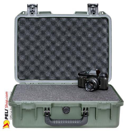 peli-storm-iM2300-case-olive-drab-1