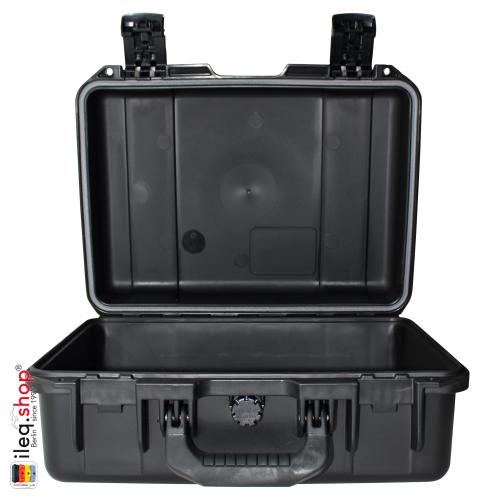 peli-storm-iM2200-case-black-2-3